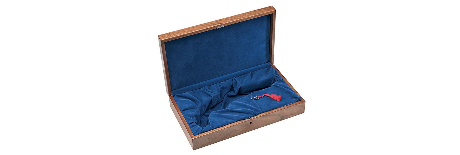 Mahogany case for pistol