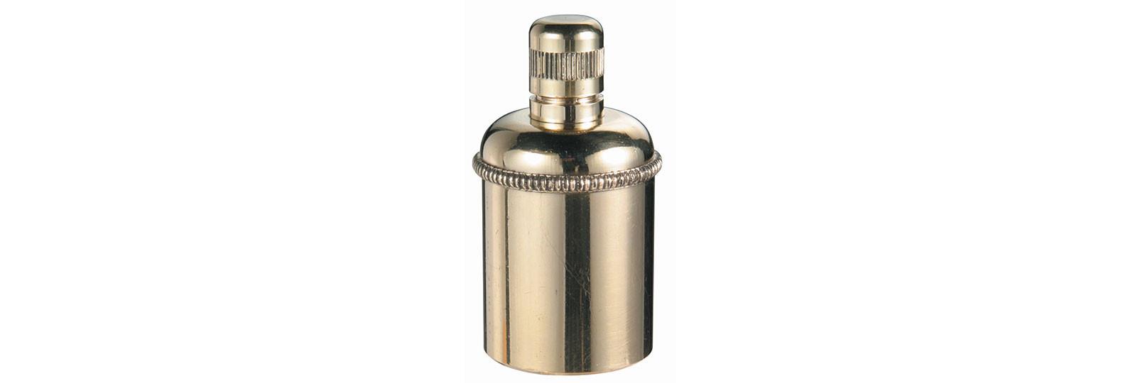Brass oilcan